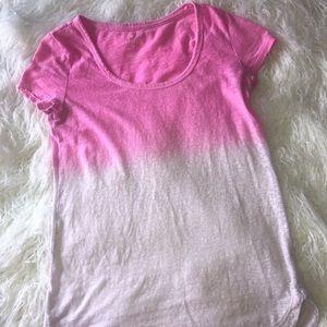 🍒4/$15🍒 Ombré Pink T-Shirt